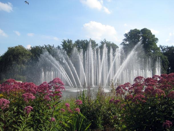 Im Sommer finden hier die beliebten Wasserlichtkonzerte statt