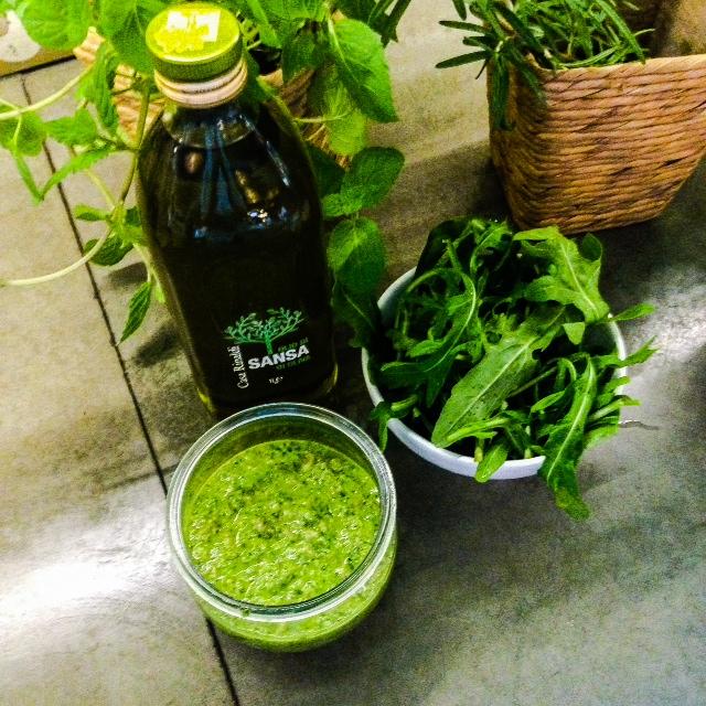 Olivenöl / Rucola / Pesto