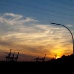 Mit dem Rad von den Landungsbrücken in Richtung Dockville lassen sich fabelhafte Szenerien beobachten–2