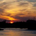 Mit dem Rad von den Landungsbrücken in Richtung Dockville lassen sich fabelhafte Szenerien beobachten–3