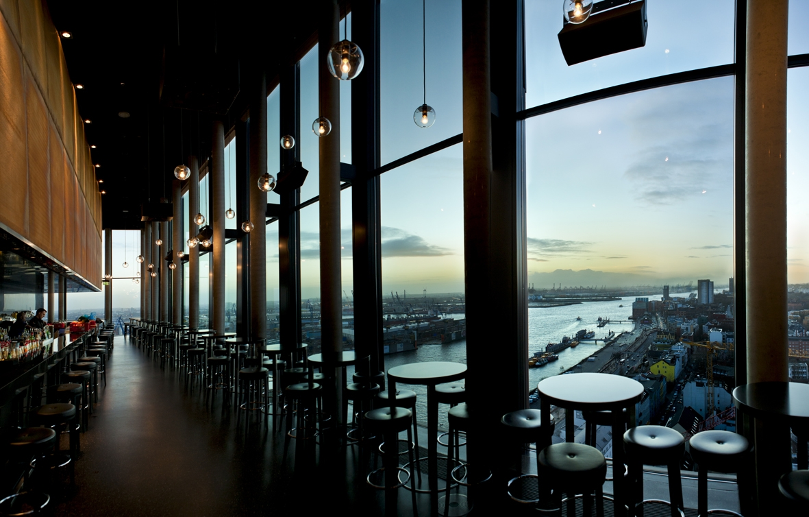 SKYLINE BAR 20up©Empire_Riverside_Hotel