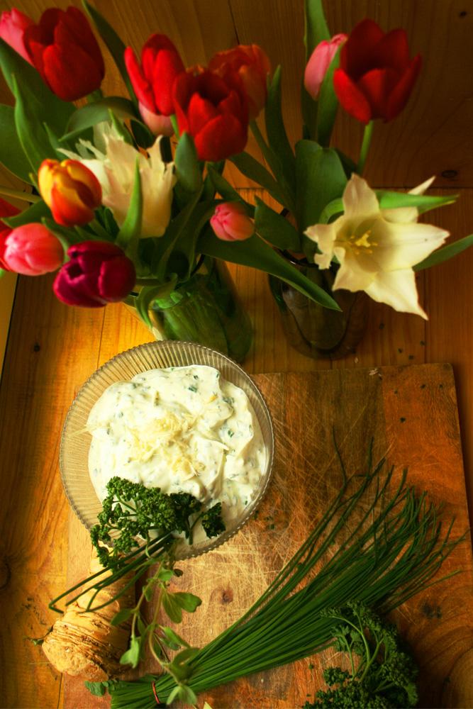 Frühlingsquark. / Beachte: die Tulpen sind nur für die Frühlingsstimmung mit im Bild!