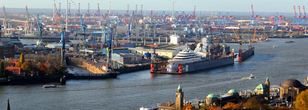 Blick vom Michel in Richtung Elbe