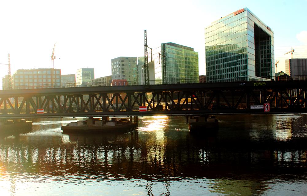 Nur über die Oberhafenbrücke ist das Quartier erreichbar