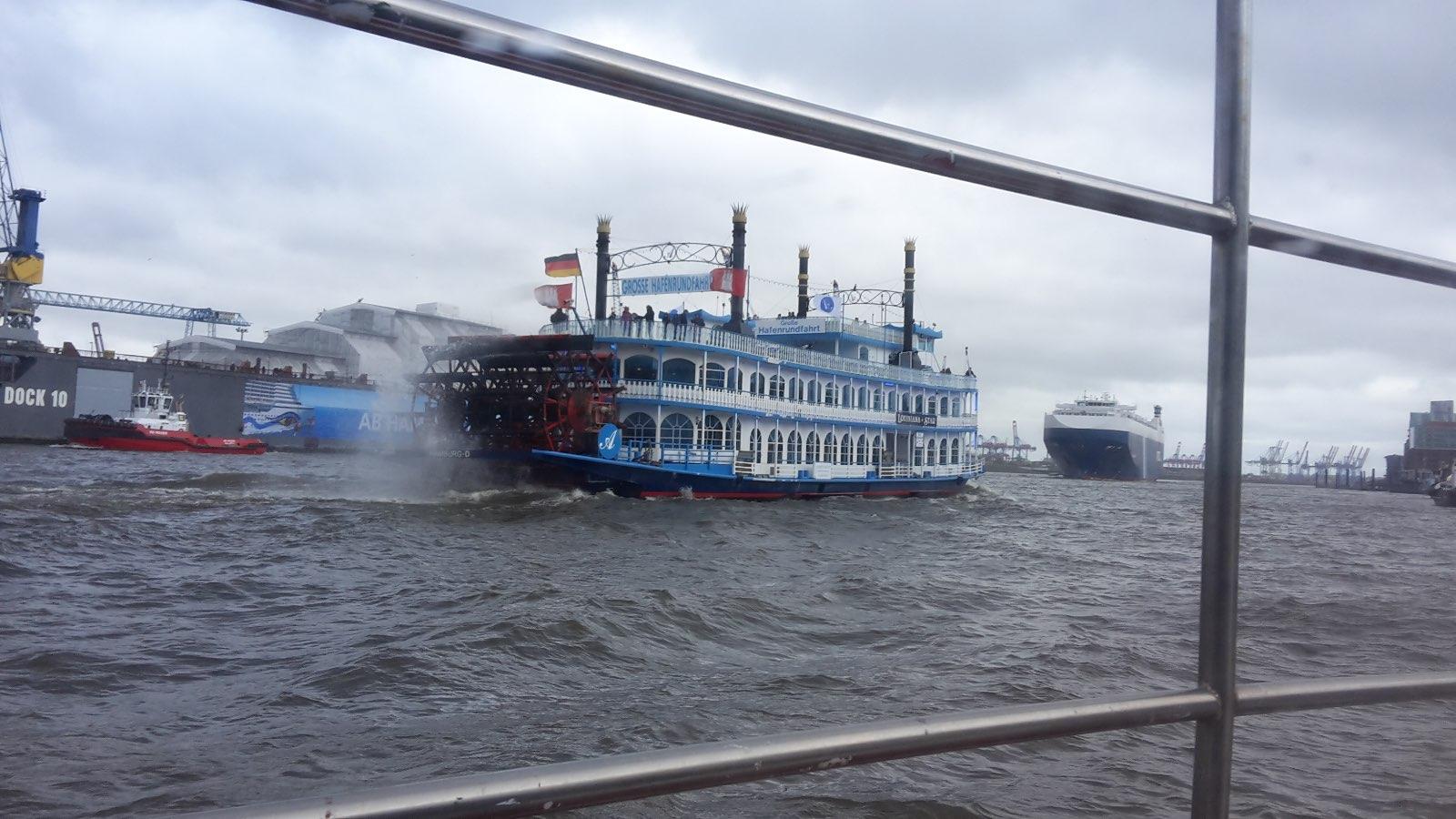 Die Louisiana Star, ein, ehm, Exot auf der Elbe