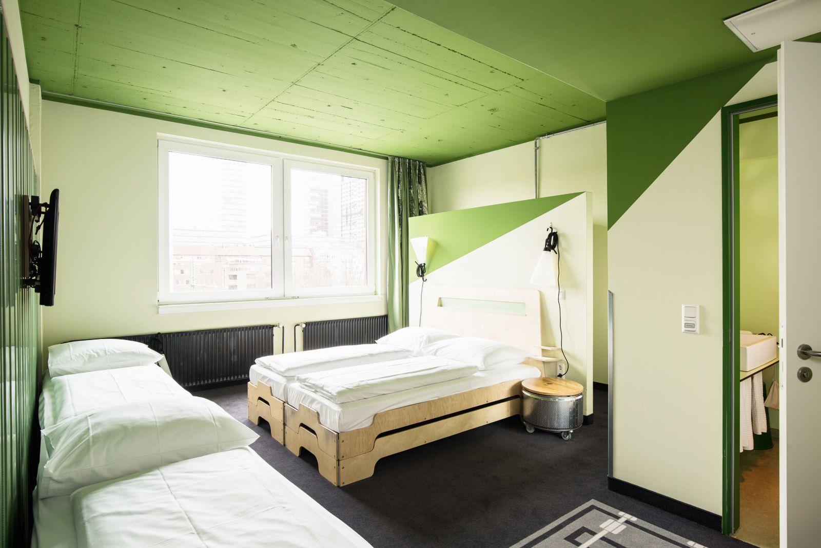 Vierbettbude ▻ Hostel Hamburg St. Georg ☆ Superbude