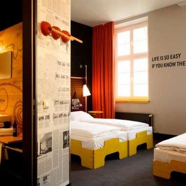 Hotel in Hamburg City | SUPERBUDE | Design-Zimmer ab 65€